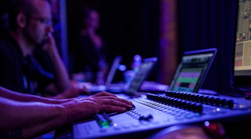 Bancos de Audio libres de derechos de autor